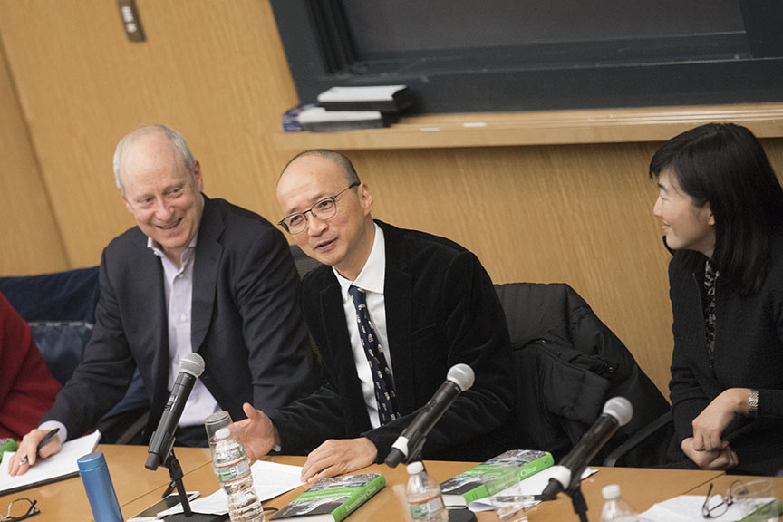 Michael Sandel, Joseph Chan and Qu Hongmei (Credit: Kris Snibbe/Harvard University)
