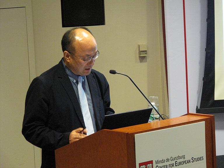 Professor Yangjin Pak
