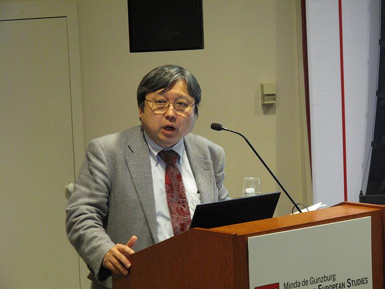 Professor Ken'ichi Sasaki